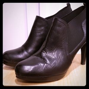 Adrienne Vittadini Black Leather Booties
